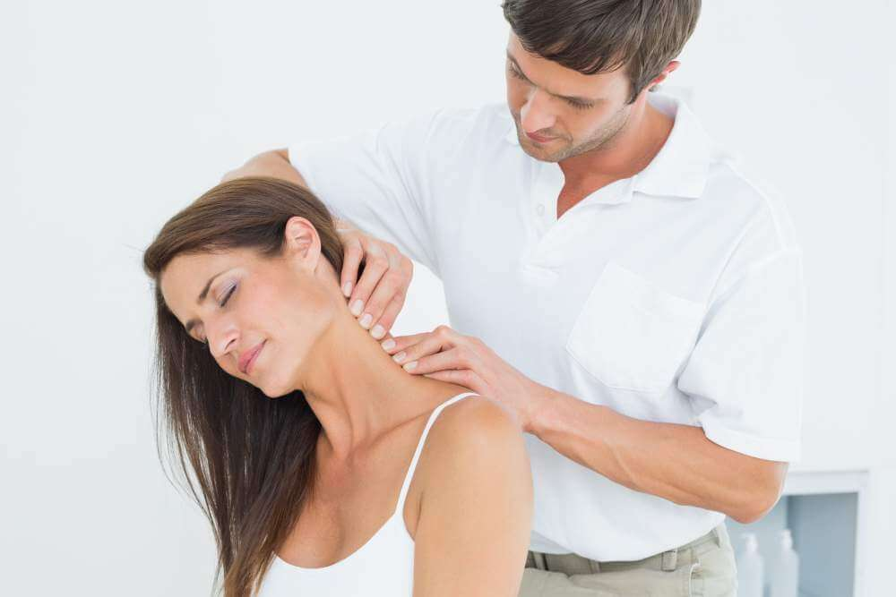 Pri bolečinah v rtau pomaga tudi masaža