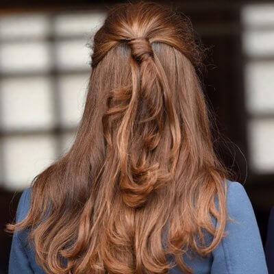 Meni so lasje začeli rasti že po enemu mesecu in pol, ko sem se soočila z diagnozo alopecia areata