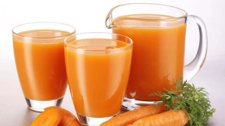 Prehrana in rak - sveže stisnjeni zelenjavni sokovi so zelo priporočljivi