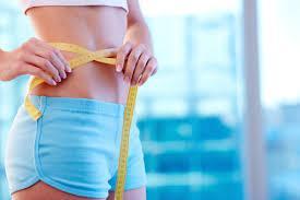 Trebušna maščoba obremenjuje največ ljudi in je največja sovražnica hujšanja