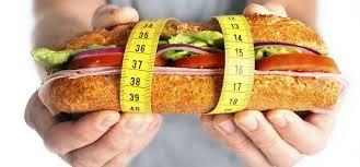 Hrana, ki spodbuja hujšanje niso žita, suho in sladko sadje in predelane živalske jedi.
