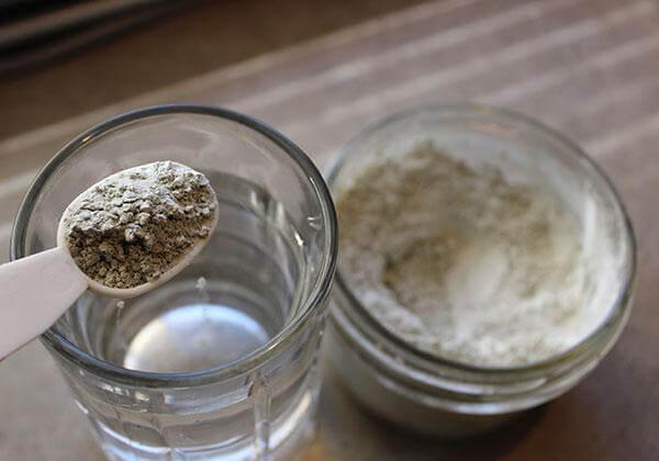 Zeolit v prahu je odlična pomoč, da iz telesa odplaknete vse nečistoče in strupe