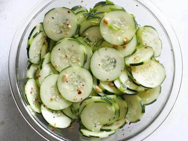 Zdrave kumare – 9 razlogov, zakaj jesti kumare