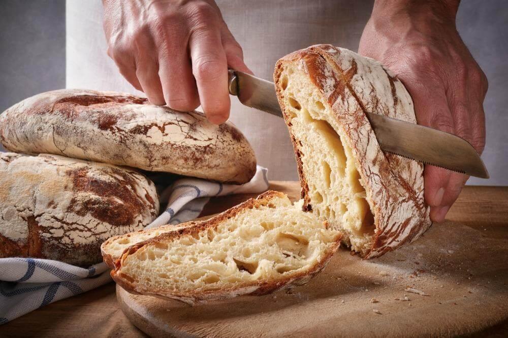 Gluten – zakaj ga ne jejte in kakšni so znaki, da vam povzroča težave