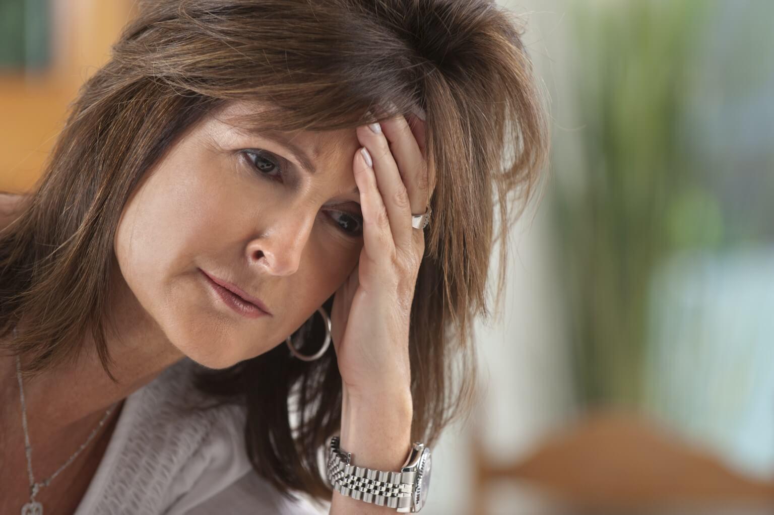 Menopavza – 12 naravnih korakov, kako se lahko rešite težav v menopavzi