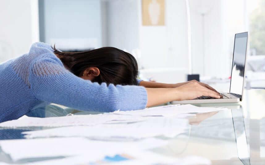 asleep-on-the-job_3338328k