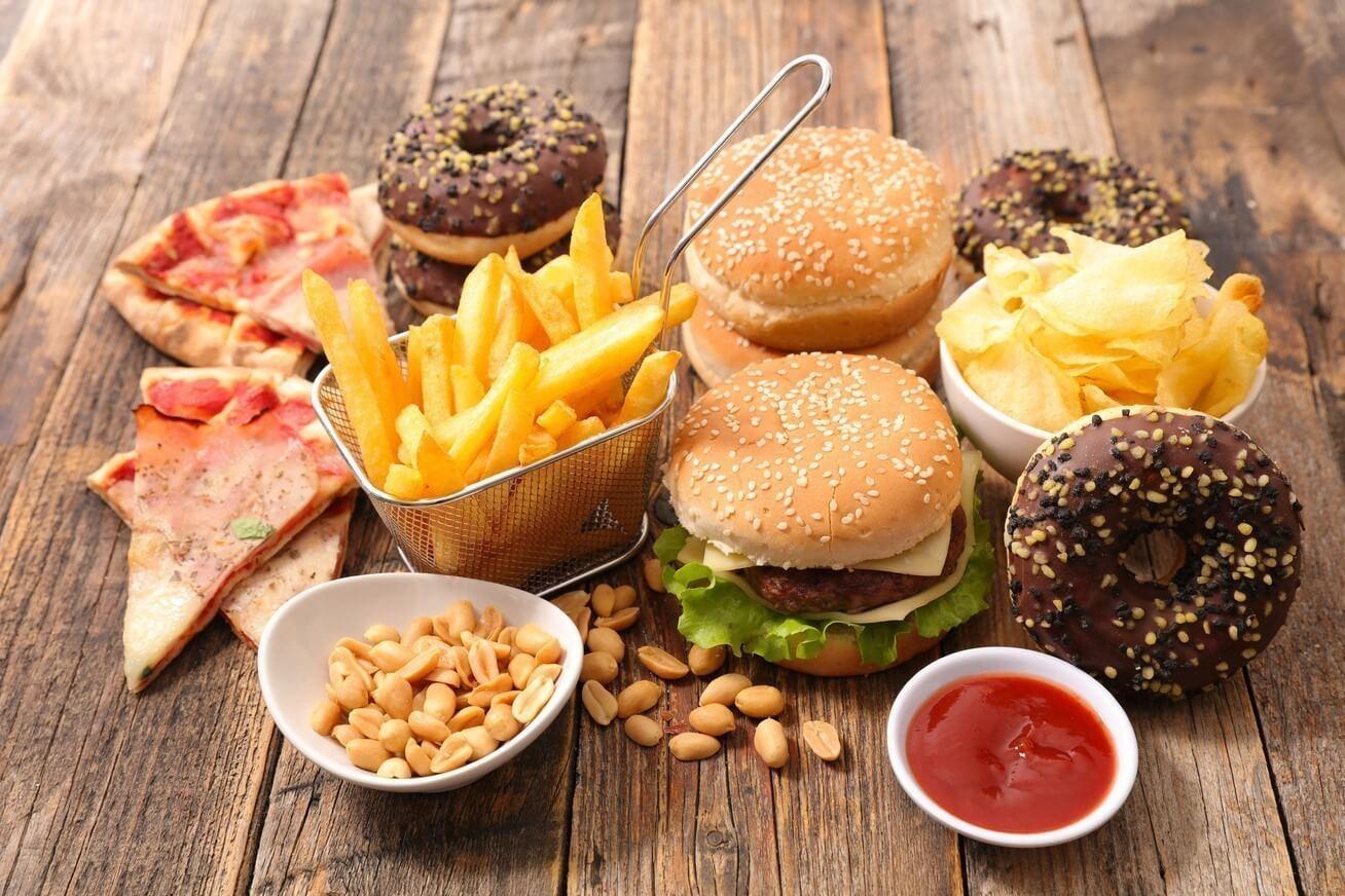 Strupi v hrani – kateri so najbolj škodljivi dodatki, ki se skrivajo v vaši prehrani