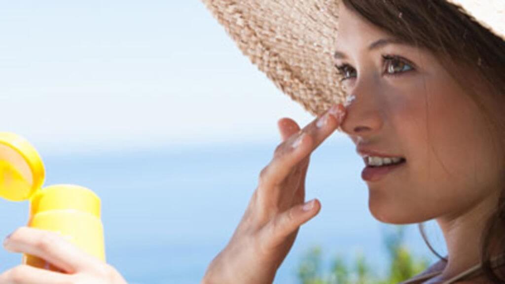 Melanom – kožni rak, ki ne izbira spola in je zelo nevaren